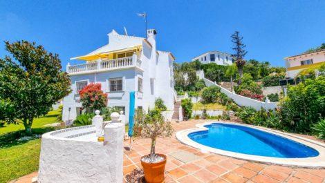 Villa de 3 dormitorios en venta en El Rosario – R3892792 en