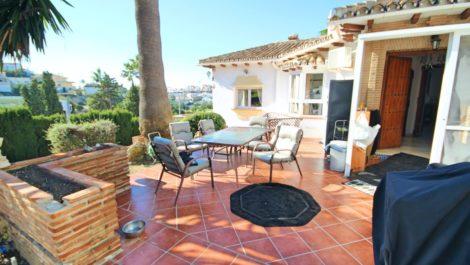 3 bedroom Villa for sale in Riviera del Sol – R3880708 in