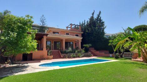 5 bedroom Villa for sale in Las Brisas – R3897811 in