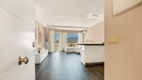 Apartamento de 2 dormitorios en venta en Riviera del Sol – R3880201 en