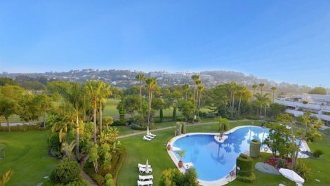 4 bedroom Penthouse for sale in Las Brisas – R3895924 in