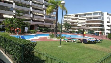 Apartamento de 3 dormitorios en venta en Guadalmina Alta – R3891277 en