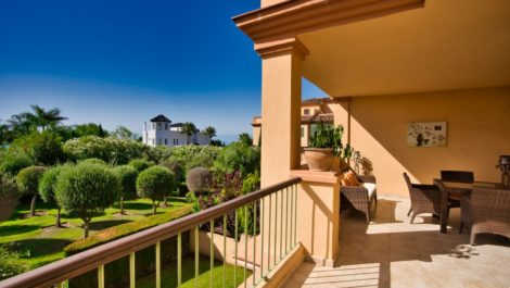 Apartamento de 2 dormitorios en venta en Los Flamingos – R3882442 en