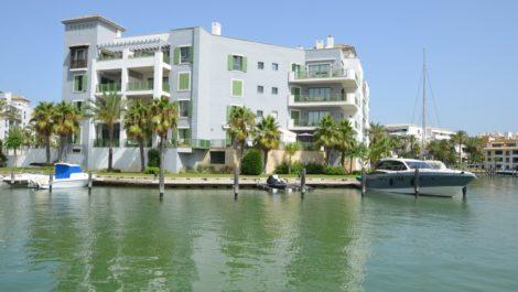 3 bedroom Apartment for sale in Sotogrande Puerto – R3898543 in