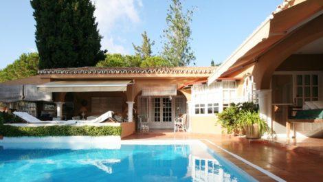 Villa de 3 dormitorios en venta en Hacienda Las Chapas – R2745905 en
