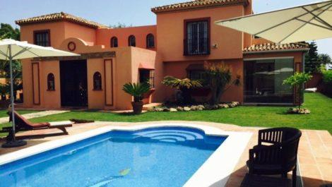 Villa de 6 dormitorios en venta en Guadalmina Baja – R2431580 en