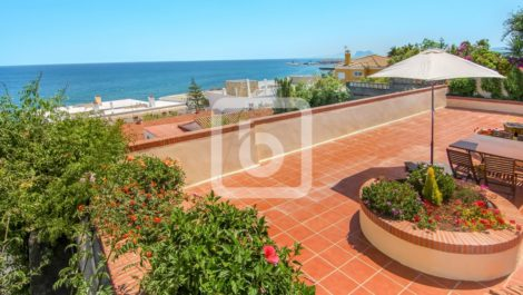 Villa de 4 dormitorios en venta en Sotogrande – R3901822 en