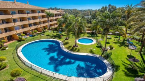 3 bedroom Penthouse for sale in Elviria – R3875017 in