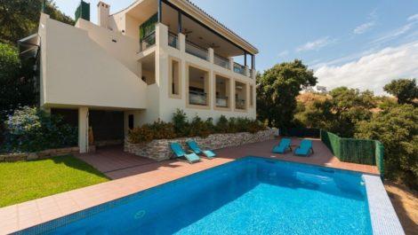 Villa de 4 dormitorios en venta en La Mairena – R3536026 en