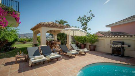 5 bedroom Villa for sale in La Quinta – R3921175 in