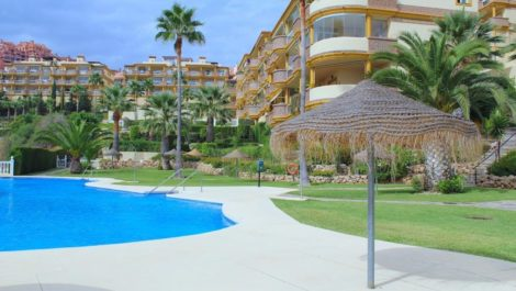 3 bedroom Penthouse for sale in Calahonda – R3936823 in