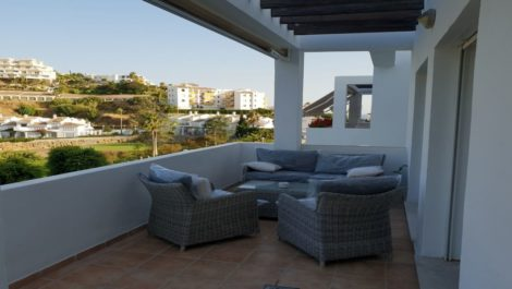 Atico de 3 dormitorios en venta en Riviera del Sol – R3424732 en